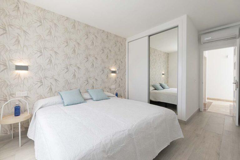 Dormitorio-de-matrimonio-de-villa-callao-en-lanzarote-20